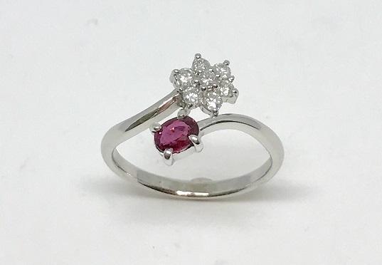 ルビーとダイヤモンドのフリーサイズのリング